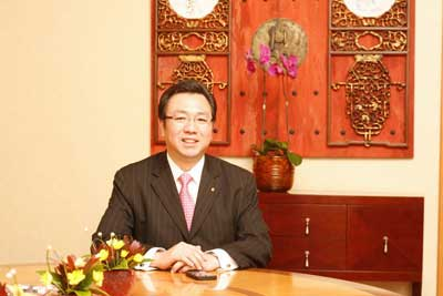 Wang Dexian takes office as Beijing fine in general manager of central big public house